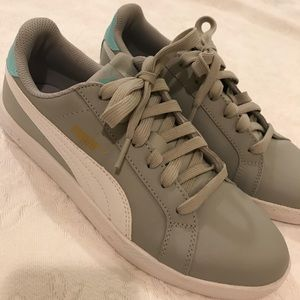 Puma Gray and White Sneakers Size 7